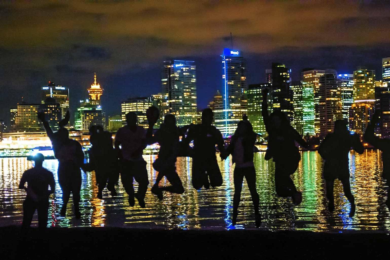 Photographers in the dark