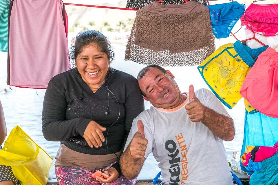 happy vendors in Lima